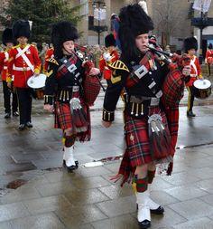 Tour Scotland Photograph And Video Pipe Band Royal Scots Dragoon Guards City Square Dundee Scotland November Scotland Travel, Scotland Trip, Day Trips From Edinburgh, Tartan, Plaid, Gay Outfit, Kilts, Scottish Highlands, Dundee