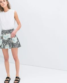 Image 6 of PRINTED NEOPRENE SKIRT from Zara
