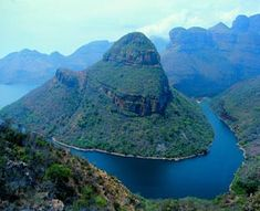 Panorama tour - Mpumalanga - South Africa - The Blyde River Canyon is the largest canyon in the world. Beautiful Places In The World, Beautiful Places To Visit, Places Around The World, Around The Worlds, Wonderful Places, Places To Travel, Places To See, Travel Destinations, South Africa Tours