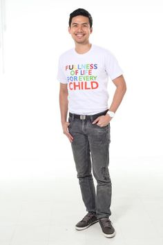Lemon GreenTea: World Vision Ambassadors give their full support t... Christian Bautista, Half Filipino, The Power Of Music, First Time Parents, New Start, Debut Album, Change The World, Storytelling, Lemon