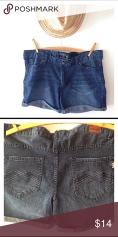 Express Jean Shorts size 14 These are a pair of Express Jean shorts. They have been worn but are in excellent condition. They are a size 14. Express Shorts Jean Shorts