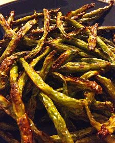 If you're looking for a nutritious treat, these roasted green beans are the ticket: )  sweetgreenhouse: Roasted #GreenBeans . I actually make these all the time. Delish.