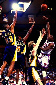 Ewing Over Indiana's Big 3, '94 East Finals.