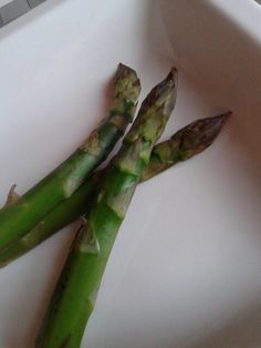Asparagus.  Asparagi semplicemente.  Easy easy #ilovecook#amocucinare#ilovefood#amomangiare#simangia#dolce#sweet#food#cibo#foodpin#seguire#followus#yummi#omg#delizia#delicious#break#snack#homemade#incasa#diet#dieta#ricettefacili#easyrecipes#IT#personal#suggestions#love#Al