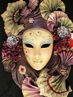 Mascaras de carnaval moretta.  Antifaz moretto, veneciano.