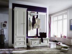 Serie Opum in Landhaus-Optik - ein echter Hingucker. #Kiefer #Massivholz #Flur #Garderobe #Diele #Dielenmöbel findet ihr unter www.moebel-ideal.de