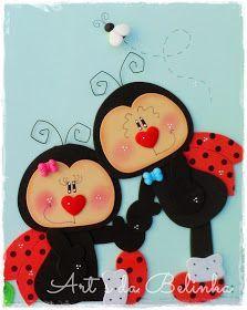 Educaçao infantil Crafts To Do, Felt Crafts, Crafts For Kids, Paper Crafts, Lady Bug, Felt Wreath, Ladybug Party, Cute Bee, Handmade Books