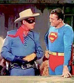 The Lone Ranger (Clayton Moore) meets Superman (George Reeves). Sob, sob, sob :(-my 2 childhood heroes. Gi Joe, George Reeves, Adventures Of Superman, Cinema Tv, The Lone Ranger, Tv Westerns, Baby Boomer, Old Tv Shows, Vintage Tv