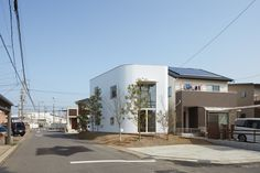 House in Ohguchi is a minimal residence located in Aichi, Japan, designed by Airhouse.