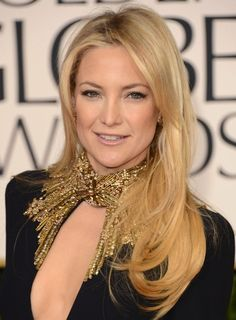 Kate Hudson hair & makeup look from the red carpet of the Golden Globes. What do you think?
