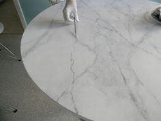 GORGEOUS SHINY THINGS: Faux Carrara Marble + IKEA hack