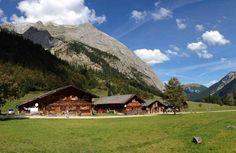 Von der Wolfsklamm zur Engalm wandern - mehrtägige Hüttenwanderung in Tirol