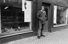 Kalsø Earth Shoe Storefront circa early 1970's. http://www.earthbrands.com/kalsoearthshoe/kalso-the-kalso-story