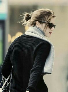 /r/EmmaWatson - For everything about the lovely and glorious Emma Watson. Emma Watson Linda, Emma Watson Style, Emma Love, Emma Watson Beautiful, Hermione Granger, Enma Watson, Woman Crush, Beautiful Actresses, Role Models