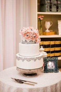 vintage, romantic wedding cake