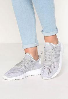 adidas Originals FLASHBACK PK - Sneaker low - clear onix/white für 95,95 € (26.08.17) versandkostenfrei bei Zalando bestellen.