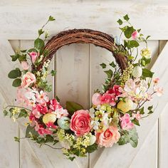 "Faux Floral & Pink Speckled Egg 19"" Wreath"