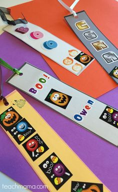 halloween bookmarks: make your own quick, glue-free party craft