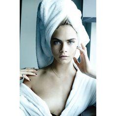 Towel series - Mario Testino