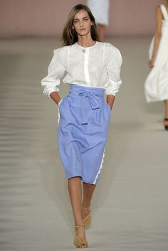 Chloé Spring 2009 Ready-to-Wear Fashion Show - Denisa Dvorakova