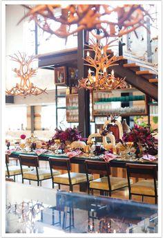 Holiday Celebration: Modern Glam Thankgiving Decor Inspiration at Cucina Enoteca www.alchemyfineevents.com