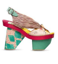 Kenzo - The ugliest shoes I have ever seen. Creative Shoes, Unique Shoes, Crazy Shoes, Me Too Shoes, Fast Fashion, Funny Shoes, Shoe Boots, Shoes Heels, Christian Louboutin