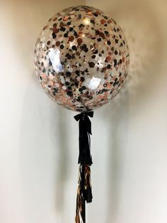 helium filled confetti balloons with custom confetti in rose gold black and white with tassel garland Prom Balloons, Glitter Balloons, Rose Gold Balloons, Black Balloons, Confetti Balloons, Black Party Decorations, 21st Birthday Decorations, 90th Birthday Parties, Engagement Party Decorations