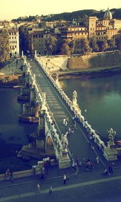 Ponte Sant'Angelo, Roma. Love this bridge. THERE IS A GREAT LITTLE RESTURANT NEARBY!!!!!