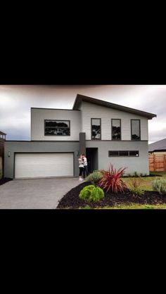 Ideas exterior render house colour for 2019 Exterior Paint Schemes, Exterior Paint Colors For House, Paint Colors For Home, Exterior Colors, Paint Colours, House Cladding, Facade House, House Facades, Exterior Stairs