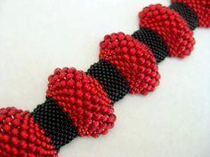 Peyote Bracelet / Bumpy Peyote Bracelet / Beaded by MadeByKatarina