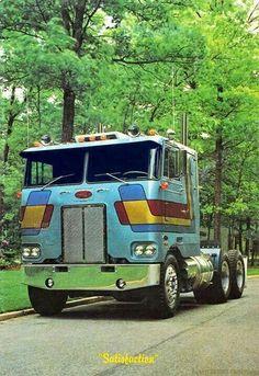 image not displayed Big Rig Trucks, Semi Trucks, Cool Trucks, Pickup Trucks, Mack Trucks, Train Truck, Road Train, Custom Big Rigs, Custom Trucks
