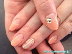 Reverse french nail Coral Pink put to the entire stripe of the white 白とのストライプを全体に入れたコーラルピンクの逆フレンチネイル