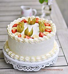 Tort truskawkowo – bananowy z kremem jogurtowym Vanilla Cake, Sweet, Cakes, Bakken, Candy