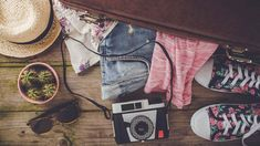 What to Pack & What to Wear in Bermuda // Go To Bermuda gifts for woman going on bermuda cruise - Woman Shorts and Bermudas Eagle Creek, Bermuda Vacations, Bermuda Travel, Minimalist Packing, Kids Luggage, Luggage Packing, Go Bags, Packing List For Travel, Packing Tips