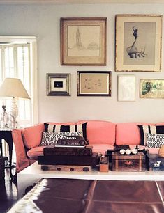 pink couch & neutrals.  I love this room. It has an aesthetic that reminds me of a photo from the 1960s, the way the colors are muted.  gorgeous.