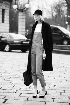 Street Style en Milan Fashion Week © Coke Bartrina:::: Really , this is stylish??