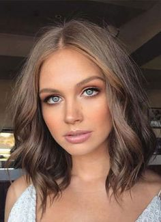 13 Fresh Hair Colors to Show Your Stylist This Spring 2018 Spring Hair Color: Cool, Earth-Toned Brunette - Station Of Colored Hairs Brown Hair Inspiration, Brown Hair Inspo, Nails Inspiration, Style Inspiration, Fresh Hair, Spring Hairstyles, Men's Hairstyles, Natural Hairstyles, Hairstyle Men