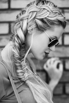 10 Charming Braided Hairstyles Tutorials for Summer - PoPular Haircuts Side Braid Hairstyles, My Hairstyle, Summer Hairstyles, Natural Hairstyles, Wedding Hairstyles, Medium Hairstyles, School Hairstyles, Fancy Hairstyles, Casual Braided Hairstyles