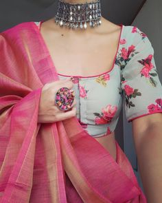 Party Wear Indian Dresses, Indian Bridal Outfits, Dress Indian Style, Indian Fashion Dresses, Indian Designer Outfits, Stylish Blouse Design, Fancy Blouse Designs, Blouse Neck Designs, Blouse Styles