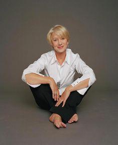 Helen Mirren, the very definition of aging gracefully. #fashionover50womenaginggracefullyhaircuts