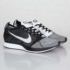 Nike Flyknit Racer Running Shoe Trainer Oreo White Black 526628-011 13.5 Mens 14