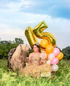 Shrewd boosted quinceanera party planning his response Sweet 16 Pictures, Quince Pictures, Pictures With Horses, Mexican Quinceanera Dresses, Quinceanera Themes, New Flame, Horse Girl Photography, Fashion Photography, Book 15 Anos