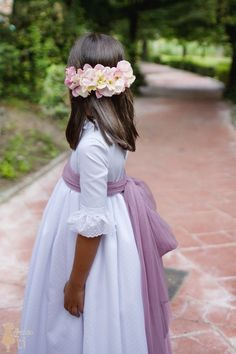 Vestido de Primera Comunión Lucía Hair Express, Prom Party Dresses, Wedding Dresses, Communion Hairstyles, Cut My Hair, Little Girl Hairstyles, First Communion, Kids Fashion, Girl Outfits