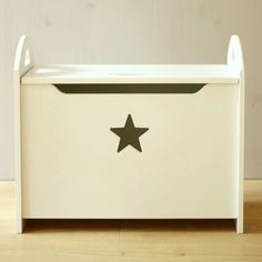 Toy storage chest for the children's room, white wood with a sweet star. Wood Storage, Storage Boxes, Storage Chest, Toy Organization, Room Accessories, Kid Spaces, Kids Bedroom, Bedroom Ideas, Kids Decor