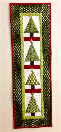 christmas quilted wall hanging patterns