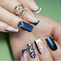 New Trendy Nail Art Designs For Long Nails For Girls - ladynailpolish Elegant Nail Art, Trendy Nail Art, Stylish Nails, Cool Nail Art, Bling Nails, Beauty Hacks For Teens, Nagellack Trends, Wedding Nails Design, Nail Art Hacks