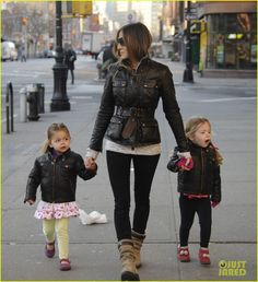 Sarah Jessica Parker & the Twins: Matching Leather Jackets!