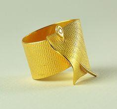 22K anillo de oro sólido con el diamante hechos a por DorettaTondi