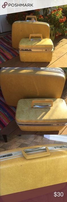 Vintage Samsonite Suitcase Nice vintage condition/lining is loose inside.Super cute. samsonite Other
