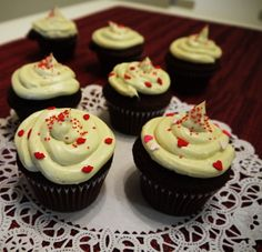 Chocolate Cup Cake with Green Tea Cream Cheese Frosting